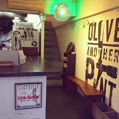 【Olive Another Pint】1階カウンターチャージなしで気軽に楽しる立ち飲み席、出入り自由です!!