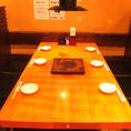 6名様がけのテーブル席