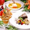 お店での手作りデザート!上から人参のクレームブリュレ、オススメケーキ(写真はクラシックショコラ)、トマトとマンゴーのヘルシーパフェです!ハーブティーなどいろいろな紅茶やコーヒーとも相性抜群★サロンドジュリエの味を存分にお楽しみください☆