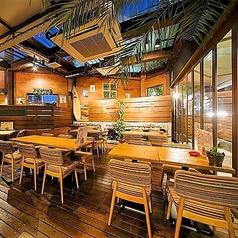 ハワイアン酒場 ロコテラスの雰囲気1