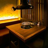個室和風モダンの個室空間!!少人数での集まりに◎落ち着いた照明や和空間が心地よく、大切な方との距離がグッと近くなることでしょう。店内は、2名様から最大35名様までご利用可能。【梅田・居酒屋・焼肉・個室・食べ放題】