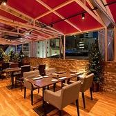 都心のど真ん中にある大型テラス席!当店自慢のお肉を食べながら、BBQを楽しめます!暖房完備なので冬でも安心♪