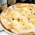 料理メニュー写真洋梨とバニラアイス:デザートはやっぱりこれ!