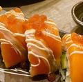 料理メニュー写真●サーモンロール寿司