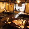 広々と使える2F掘りごたつ席。大人数でのご宴会でも広々と使える12~36名様座敷個室です。歓迎会や送別会、会社宴会、同窓会などの各種ご宴会にどうぞ。