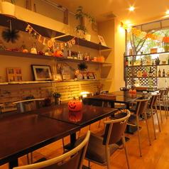 チーズアンドコー ブランクスペース カフェ cheese&co. BLANK SPACE CAFEの雰囲気1