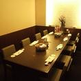 テーブル席の完全個室、接待等にも最適