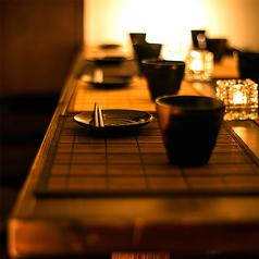 ゆったり広々としたテーブル席も豊富にご用意。駅からも近いのでお仕事帰りのちょっとした飲み会などにも最適です◎空間づくりからこだわった当店でご宴会をお愉しみください。