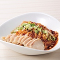 料理メニュー写真蒸し鶏の四川ラー油ソース