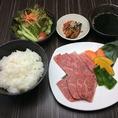 ランチはセット多数取り揃え★土日祝のみ営業!
