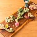料理メニュー写真四季折々の畑の天ぷら