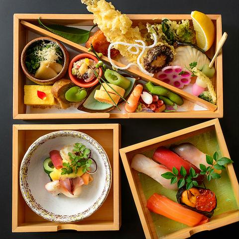 情緒溢れる完全個室の空間で、北海道の幸をご堪能下さい