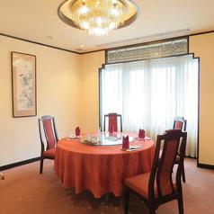 当店は完全個室をご用意しております。大事なお食事会や接待、ハレの日のお席にもご利用頂いております。