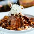 料理メニュー写真こだわりの豚の角煮 デミグラスソース