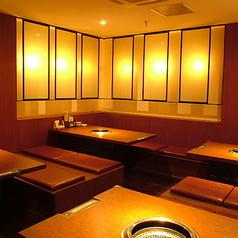 炭火焼肉 HONMACHI ホンマチ 本町店の雰囲気1