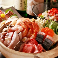 料理メニュー写真魚介がたっぷり、贅沢の極み『海鮮よせ鍋(うどん入り)』