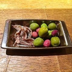 イタリア産アンチョビとスペイン産オリーブとレモンのマリネ