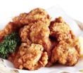 衣自慢の鶏の唐揚げ 520円
