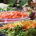 料理メニュー写真お通しは新鮮豊栄野菜のサラダビュッフェ食べ放題!