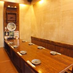 8名様まで収容可能な個室も4部屋完備。