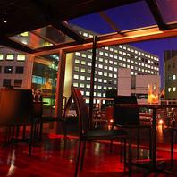 【夜景キレイなビルの屋上の隠れ家的レストラン!】