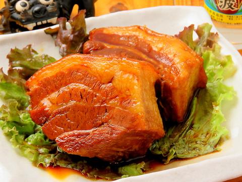 熊本で味わう本格沖縄料理♪ラフテ~やソーキ、ゴーヤーちゃんぷるなどご堪能あれ!