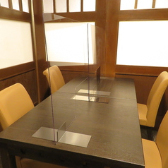 【隠れ家的半個室】2名様から利用OKなテーブル席です。デートや女子会におすすめです。