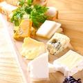 料理メニュー写真チーズ三種盛り