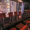 ゆったりとお寛ぎいただけるお席です。広々とした余裕のある空間で当店自慢の創作料理とお酒をお楽しみください。ご利用人数やご宴会プランのご利用などお気軽に当店までご相談ください♪