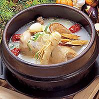 【韓国出身の料理長が作る料理は調味料から本場の味】