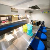 ≪家庭科室≫調理実習をしていた空間で美味しい料理とお酒を♪ステンレスの調理台が懐かしい…♪とってもユニークで広めの個室です。大人数での飲み会にも◎10名様まで可。