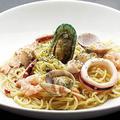 料理メニュー写真海の幸たっぷりのペペロンチーノ