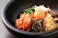 料理メニュー写真石焼ビビンバ/石焼キムチーズビビンバ