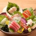 料理メニュー写真■彩り刺身盛り〈3~4人前向け〉