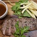 料理メニュー写真国産牛のステーキ