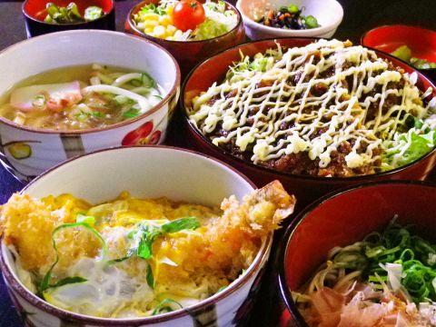 福井駅徒歩3分!ボリューム満点で大満足♪名物ソースかつ丼やセットメニューが人気。