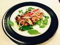 料理メニュー写真鳥モモのグリル 自家製ドライトマトとマスタードソース