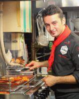 料理長はもちろんトルコ人