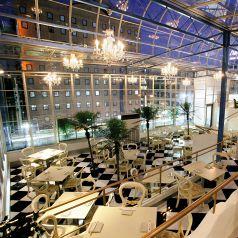 【5Fパーティー会場】…5Fのワンフロア貸切で、着席180名、立食300名までご利用いただけます。歓送迎会や同窓会、結婚式二次会などの各種ご宴会にオススメです♪