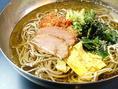 冷たく冷した冷麺は年中人気!お肉を食べた後もさっぱり頂けます!