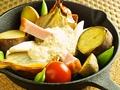 料理メニュー写真厚切りベーコンとお野菜のオーブン焼き~キヌアソース~