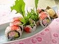 料理メニュー写真ずわい蟹とアボカドのサラダ巻き寿司