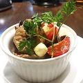 料理メニュー写真燻製砂肝のコンフィ