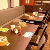 人数に合わせて繋げられるゆったりテーブル席!中規模宴会にどうぞ!!レイアウト変更や貸切のお問い合わせはお気軽に!!