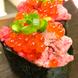 『肉寿司』などこだわりの肉料理!