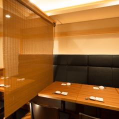 大小扉付きの個室もございます。3名様から最大で16名様までご利用可能となっております。