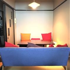 [ガッカリしたくないなら] 2階席の2~6人で使用できる【ソファー完全個室]もあり。友人やカップルで大切な上司との飲み会にも◎