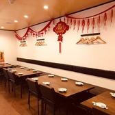 ◆宴会向けテーブル席◆当店自慢の食材をご堪能いただけます。姫路での仕事帰りのサク飲みなど気軽にご利用頂けます。少人数からでも◎インテリアや照明での演出にもこだわった店内は、間接照明の光に照らされたリラックス空間です♪上質なお食事とお酒を心ゆくまでご堪能ください!