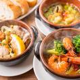 VIRGO銀座の本格スペイン料理をご用意!! 様々なアヒージョがラインナップ。定番のエビのアヒージョからその季節にしか出会えないメニューまで色とりどりご用意いたしました。