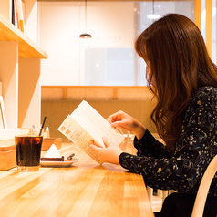tables cook&jonathan's bookstoreの雰囲気1